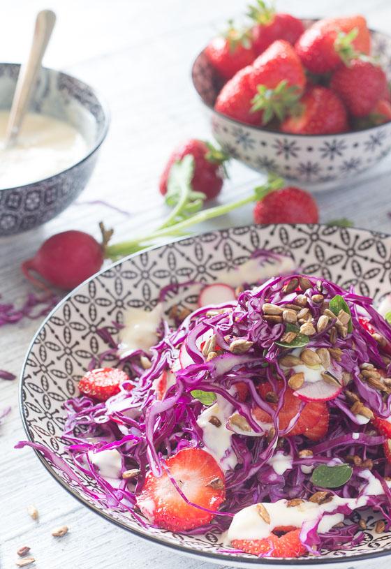 LK_Insalata di cappuccio e fragole_ricetta vegan-3